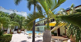 冲浪赛德度假酒店 - 帕诺滩 - 游泳池