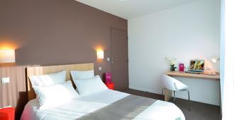 图尔舒适城市公寓酒店 - 图尔 - 睡房