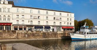 最佳西方酒店-白马啤酒坊 - 翁弗勒尔 - 建筑