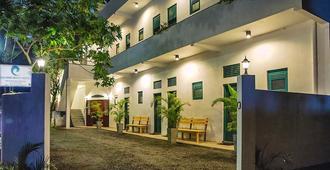 科伦坡海滩旅馆 - 拉维尼亚山 - 建筑
