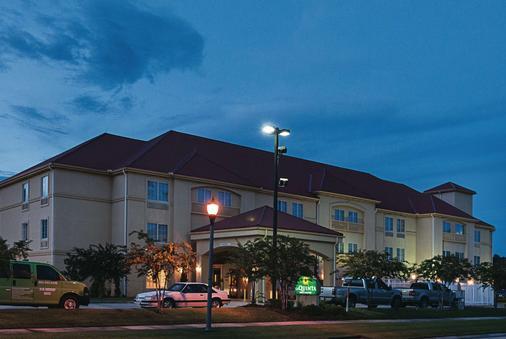 拉昆塔斯莱德尔北海岸套房酒店 - 斯莱德尔 - 建筑