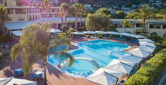 阿克缇亚酒店 - 利帕里 - 游泳池