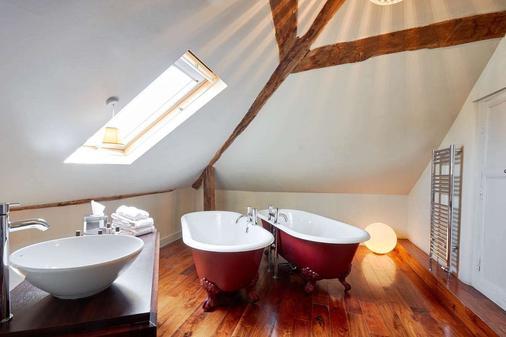 奥迪费洛斯酒店 - 切斯特 - 浴室