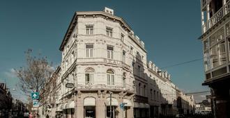 博蒙特马斯特里赫特 - 马斯特里赫特 - 建筑