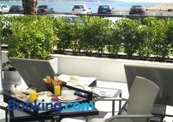 圣玛克希姆海滩酒店 - 桑特马克西默 - 阳台
