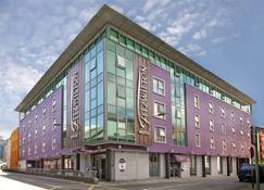 斐兹威尔顿酒店 - 沃特福德 - 建筑
