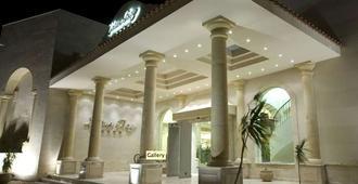 莲花湾度假酒店 - 萨法加 - 建筑