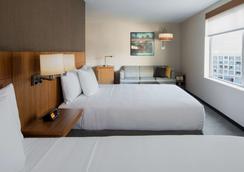 长岛市凯悦嘉轩酒店 - 皇后区 - 睡房