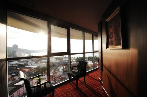 皇家天堂酒店 - 芭东 - 阳台