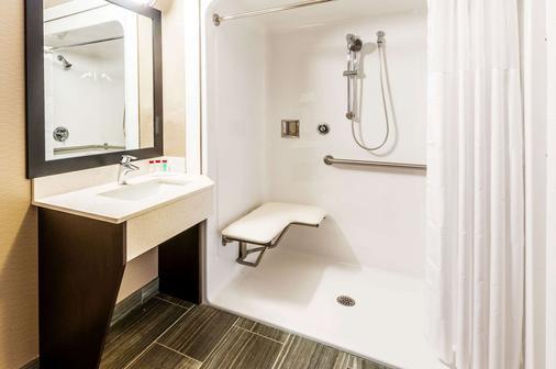 穆斯乔华美酒店 - 穆斯乔 - 浴室