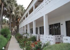 假期海滩俱乐部酒店 - 萨拉昆达 - 建筑
