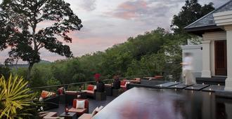 普吉岛爱亭阁酒店 - Choeng Thale - 户外景观
