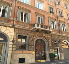 罗马qt套房旅馆