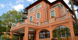 拉奎因塔德罗斯塞德罗斯酒店 - 马德里 - 建筑