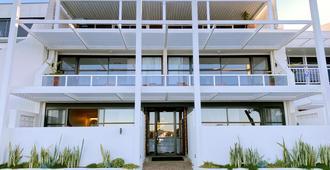 海湾微风精品酒店 - 贝特曼斯湾 - 建筑