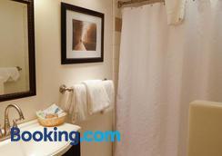 卡梅尔壁炉旅馆 - 卡梅尔海 - 浴室