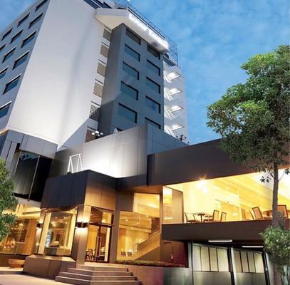 路易斯客栈酒店 - 曼谷 - 建筑