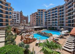 卡罗丽娜酒店 - 阳光海滩 - 游泳池