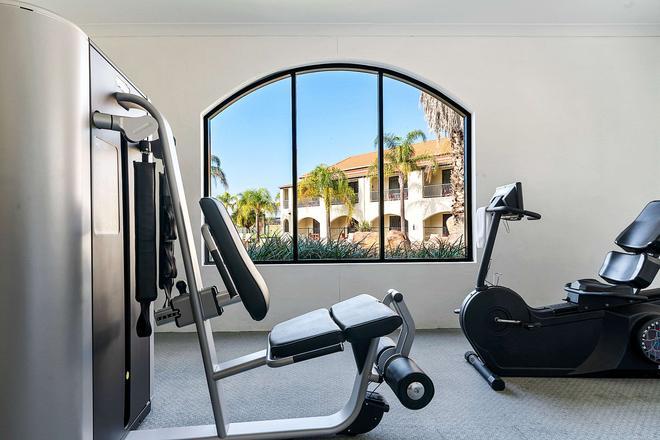 西斯塔品质度假村 - 奥尔伯里 - 健身房