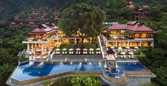 碧玛莱温泉度假酒店 - 高兰 - 游泳池