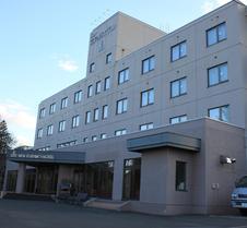 新富良诺酒店