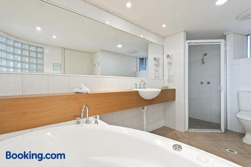 欧陆酒店 - Phillip Island - 浴室