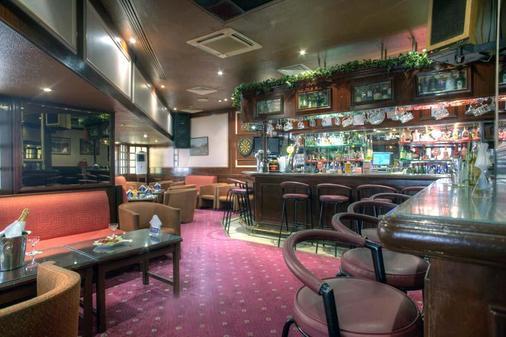 阿尔迪阿达纳酒店 - 阿布扎比 - 酒吧