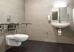 柏林波茨坦广场nh酒店 - 柏林 - 浴室