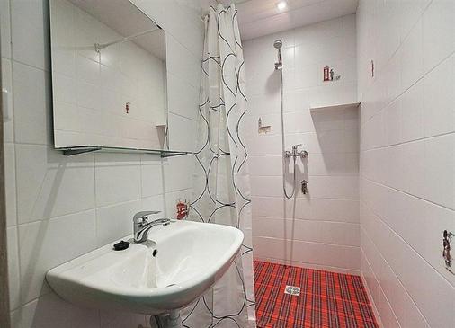 圣彼得堡会所旅舍 - 圣彼德堡 - 浴室