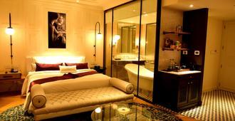 西姆拉丽筠酒店 - 西姆拉 - 睡房