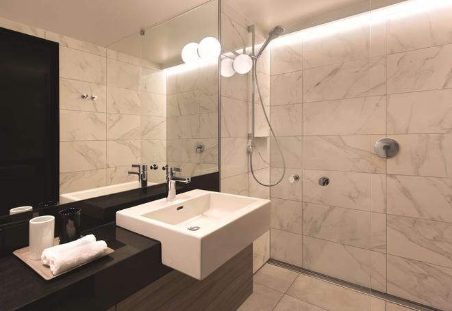 汉堡仓库区阿迪娜公寓酒店 - 汉堡 - 浴室