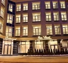 基诺弗酒店