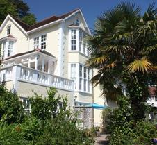 卡尔特修道院酒店