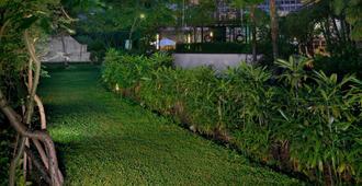 格罗夫套房酒店 - 南雅加达 - 建筑