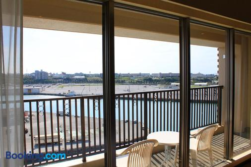 那霸温泉塔罗伊萨酒店 - 那霸 - 阳台