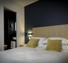 米拉博艾菲尔酒店