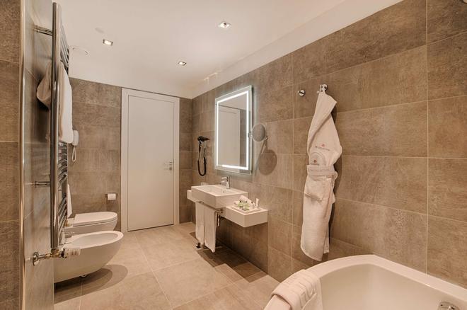 16世纪意大利宫nh典藏酒店 - 罗马 - 浴室