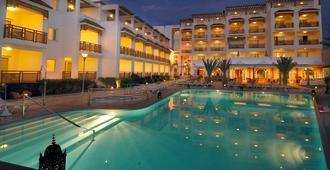阿加迪尔提姆雷酒店及Spa - 阿加迪尔 - 游泳池