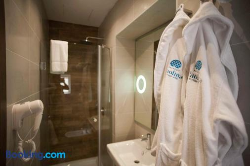 保利纳宫精品酒店 - 瓦莱塔 - 浴室