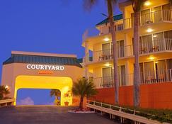 拉哥岛万怡酒店 - 基拉戈 - 建筑