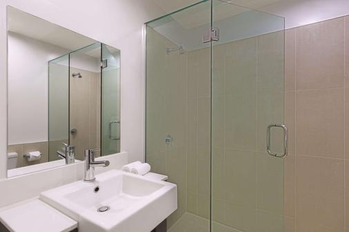 奥克兰布里特马特阿迪娜公寓式酒店 - 奥克兰 - 浴室