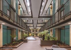 奥克兰布里特马特阿迪娜公寓式酒店 - 奥克兰 - 大厅