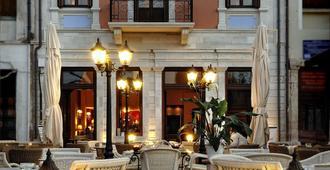 西维塔斯雷希姆讷酒店 - 罗希姆诺 - 建筑