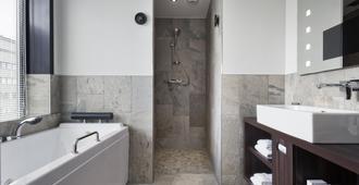鹿特丹美茵港口酒店 - 鹿特丹 - 浴室