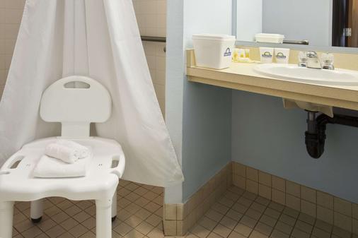 科达伦戴斯酒店 - Coeur d'Alene - 浴室