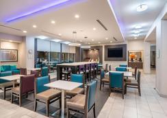 查塔努加观景峰拉金塔旅馆及套房酒店 - 查塔努加 - 餐馆