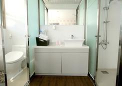 穆姆尔酒店 - 釜山 - 浴室