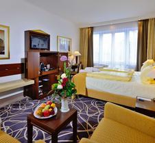 卡罗琳玛蒂尔德酒店