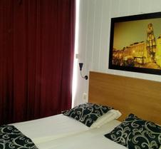 荷兰旅舍酒店