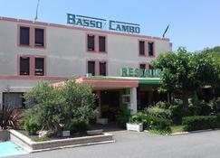 巴索坎波大都会酒店 - 图卢兹 - 建筑